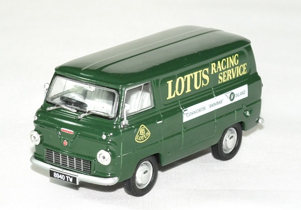 Ford 400 e lotus team service 1 43 owford autominiature01 1