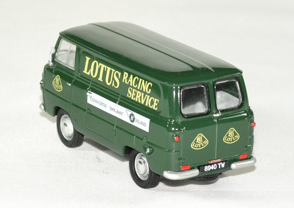 Ford 400 e lotus team service 1 43 owford autominiature01 2