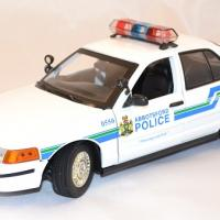 Ford crown victoria 2001 interceptor 1 18 miniature police motor max 1