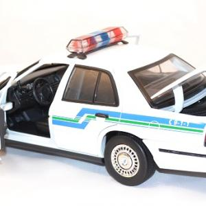 Ford crown victoria 2001 interceptor 1 18 miniature police motor max 3