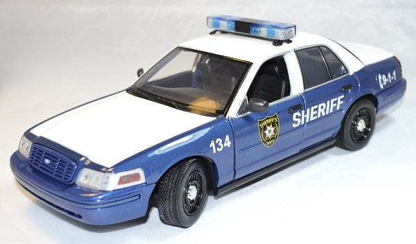 Ford crown victoria 2001 walking dead rick greenlight 1 18 autominiature01 com 1