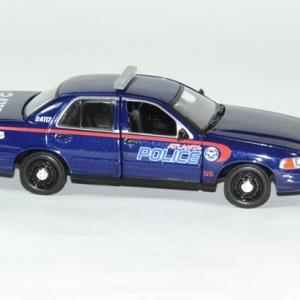 Ford crown victoria police walking dead 1 43 greenlight autominiature01 3