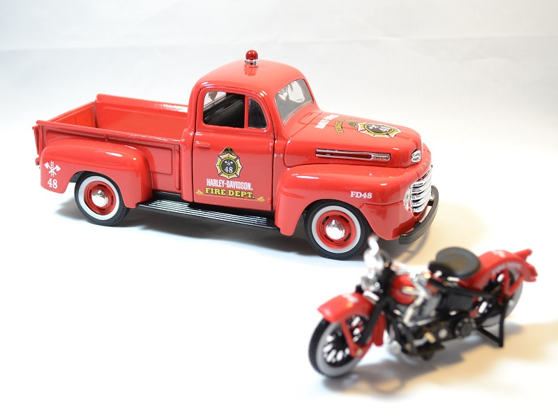 Ford f1 maisto harley davidson pompier moto 1936 1 24 autominiature01 4