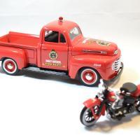 Ford f1 maisto harley davidson pompier moto 1936 1 24 autominiature01 4