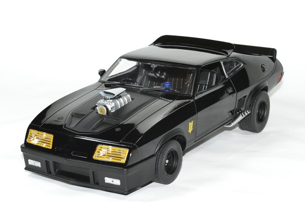 Ford falcon mad max 1979 poursuit 1 18 greenlight autominiature01 1