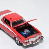 Ford gran torino 1976 starsky hutch salie 1 64 greenlight 44855 autominiature01 4