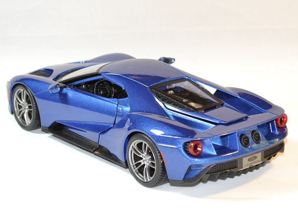 Ford gt 2017 maisto 31384 1 18 autominiature01 3