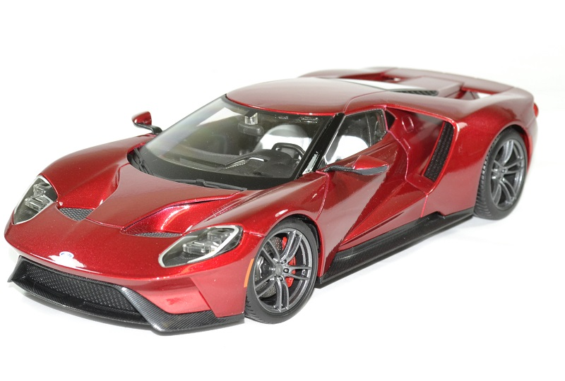 Ford gt 2017 rouge 1 18 maisto autominiature01 1