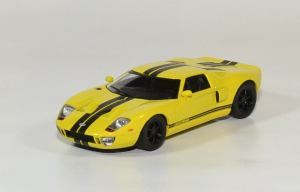 Ford gt 40 solido 1 43 autominiature01 1