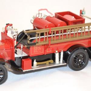 Ford model t pompier 1926 signature miniature auto 1 43 autominiature01 com 1