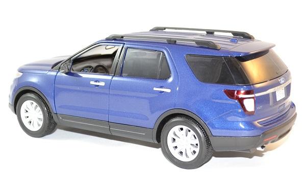 Ford motormax explorer xlt 2015 1 18 autominiature01 2