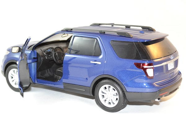 Ford motormax explorer xlt 2015 1 18 autominiature01 3