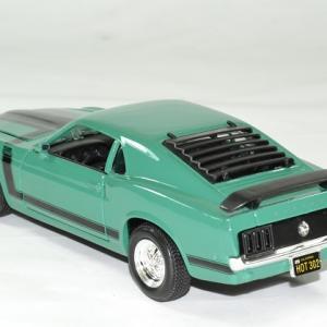 Ford mustang 1970 boss 302 verte 1 24 maisto autominiature01 2