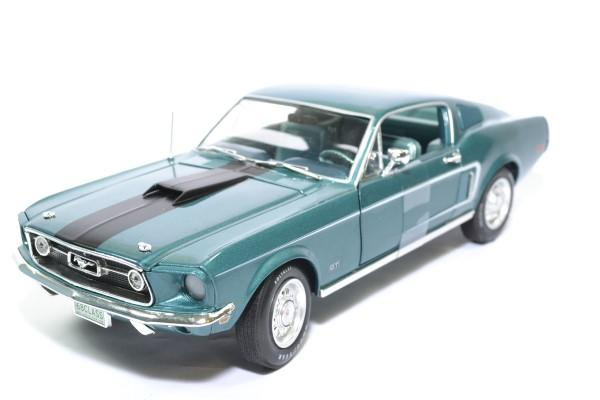 Ford mustang 2 2 class 68 1968 auto world 1 18 autominiature01amm1132 1