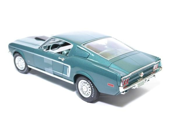 Ford mustang 2 2 class 68 1968 auto world 1 18 autominiature01amm1132 2