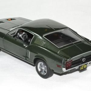 Ford mustang bullit 1968 1 24 greenlight autominiature01 2