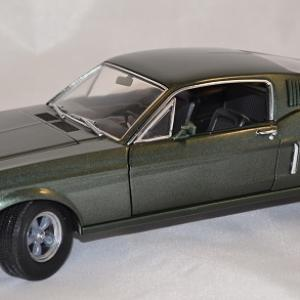 Ford mustang bullit 1968 greenlight 1 18 autominiature01 1