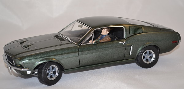 Ford mustang bullit 1968 greenlight 1 18 autominiature01 2