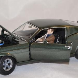 Ford mustang bullit 1968 greenlight 1 18 autominiature01 3