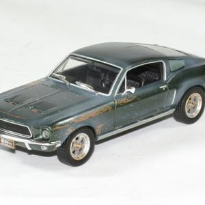Ford mustang bullit unrestored 1968 mc queen 1 43 greenlight autominiature01 1