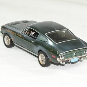 Ford mustang bullit unrestored 1968 mc queen 1 43 greenlight autominiature01 2