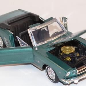Ford mustang cabriolet 1964 motor max 1 18 autominiature01 com mom73145mg 2