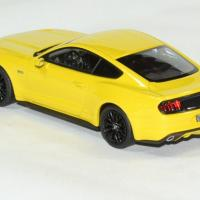Ford mustang fastback 2015 norev 1 43 autominiature01 2