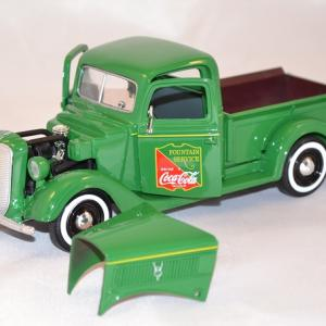 Ford pick up 1937 coca cola 1 24 motorcity autominiature01 com 3