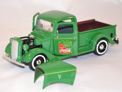 Ford pick up 1937 Coca Cola vert 1/24 Motorcity