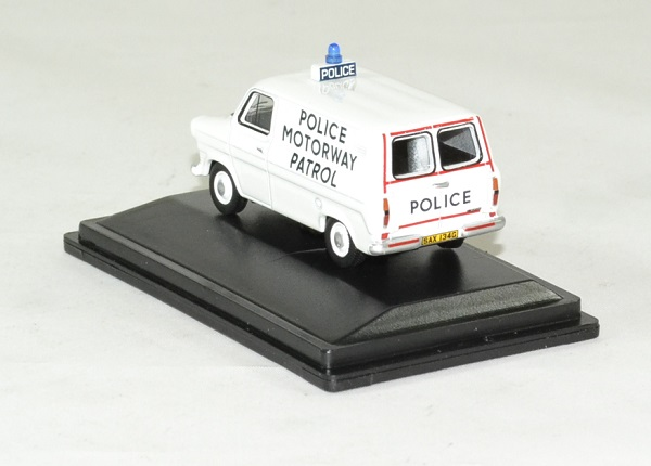 Ford transit mki police motorway patrol 1 76 oxford autominiature01 2