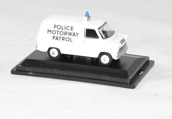 Ford transit mki police motorway patrol 1 76 oxford autominiature01 3