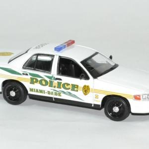 Frod crown victoria police csi miami 1 43 greenlight autominiature01 3