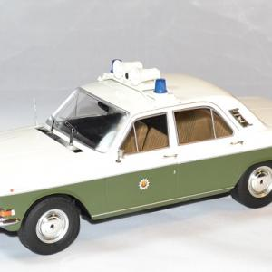 Gaz volga m24 police allemagne 1 18 1972 mcg autominiature01 1