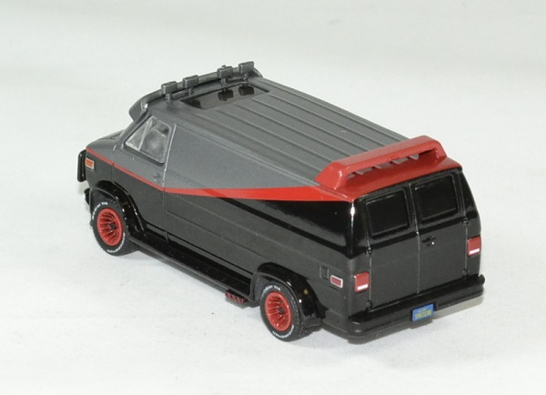 Gmc vendura a team 1983 barracuda 1 64 greenlight autominiature01 2