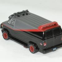 Gmc vendura a team 1983 barracuda 1 64 greenlight autominiature01 2