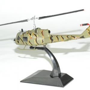 Helicoptere bell uh18 huey 1964 vietnam 1 72 solido autominiature01 2