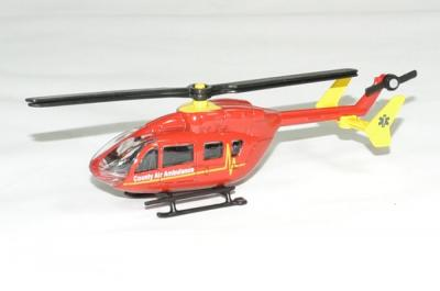 Hélicoptère EurocopterEC 145 pompier rouge
