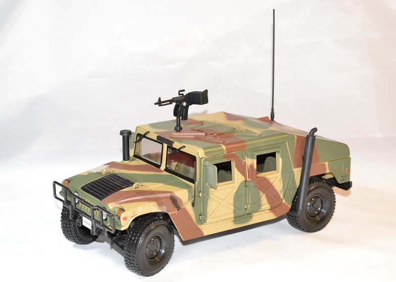 Hummer h1 camo us army maisto 1 18 36874 autominiature01 1