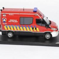 Iveco daily sapeurs pompiers vp 1 43 eligor 116664 autominiature01 3