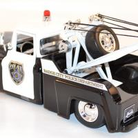 jada-toys-1-24-chevrolet-chevy-stepside-towing-automobile-police-dept-autominiature01-12.jpg