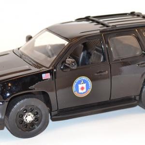 jada-toys-1-24-chevrolet-chevy-tahoe-cia-presidential-escort-autominiature01-7-2.jpg