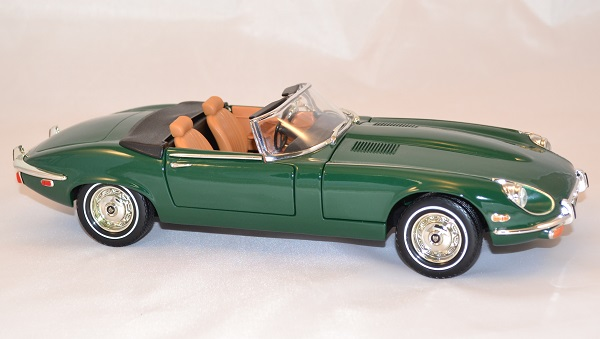 Jaguar type e 1971 verte yatming 1 18 autominiature01 3
