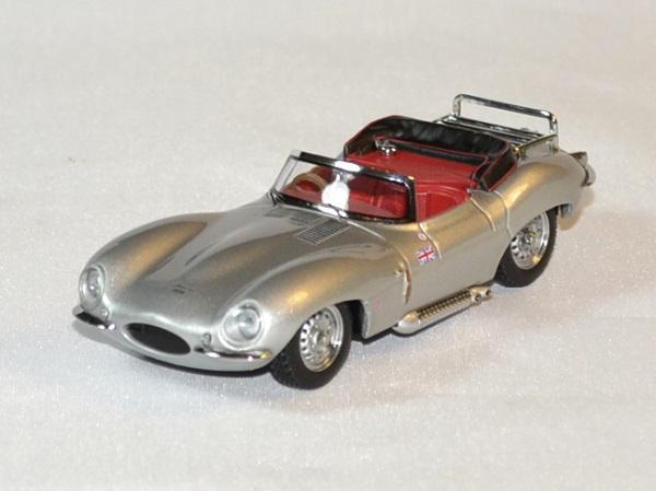 Jaguar xk ss cabrio 1957 ixo 1 43 autominiature01 1 1
