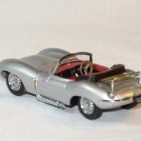 Jaguar xk ss cabrio 1957 ixo 1 43 autominiature01 2