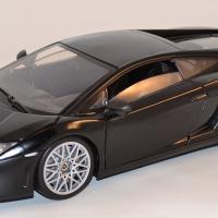 Lamborghini gallardo lp560 4 motor max 1 18 autominiature01 com mom79152bk 1