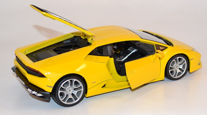 Lamborghini hurracan 1 18 bburago autominiature01 com bur11038 2