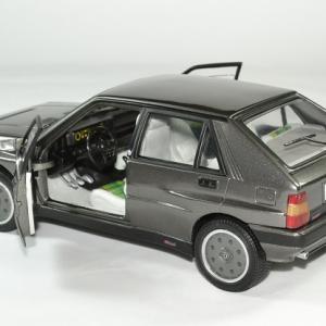 Lancia delta 16v hf integrale 1989 sunstar 1 18 autominiature01 6