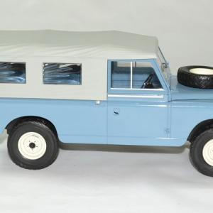 Land rover 109 s2 bache 1 18 mcg 18094 autominiature01 3