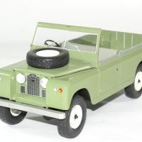 Land rover 109 serie 2 mcg 1 18 autominiature01 1