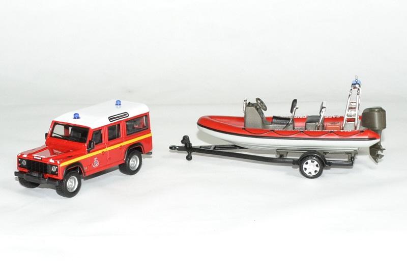 Land rover bateau zodiac pompier 1 43 bburago autominiature01 1